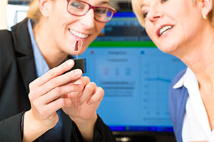 Vierter Schritt des Beratungskonzepts von Audias: Die Hörgeräte-Anpassung